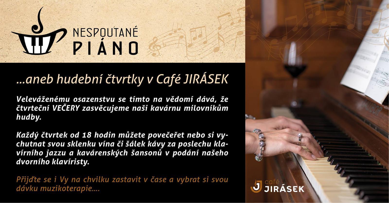 klavír v cafe jirasek